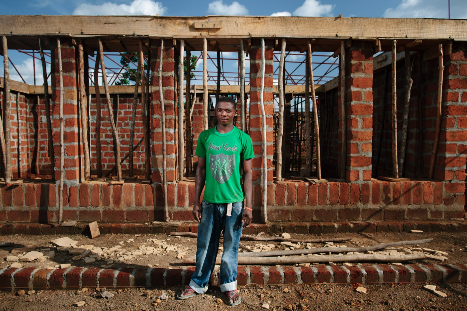 Mustapha Sannoh, labourer on site for Orkidstudios build of the new Swawou School